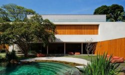 Cobogo House от Marcio Kogan в Сан-Паулу, Бразилия