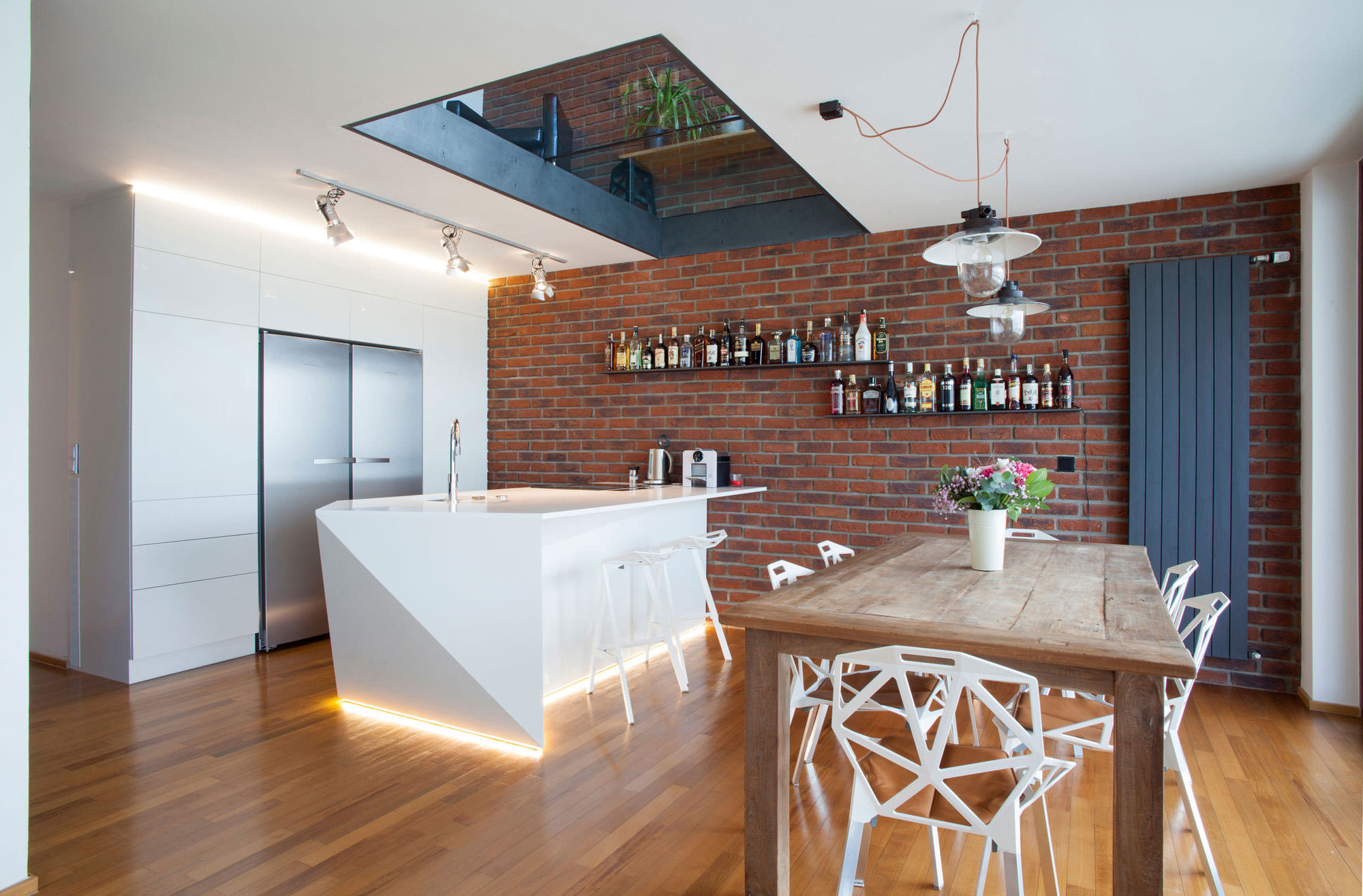 Применение декоративного кирпича в интерьере квартиры_4