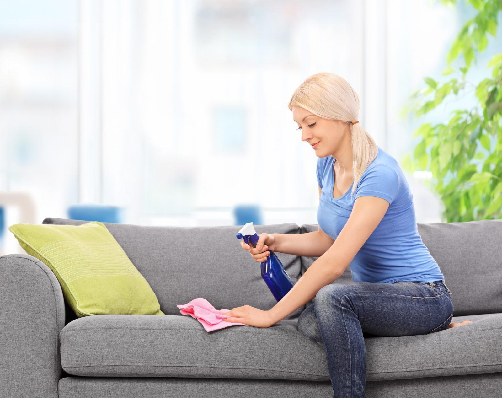 Лучшие способы очистки мягкой мебели от загрязнений_1