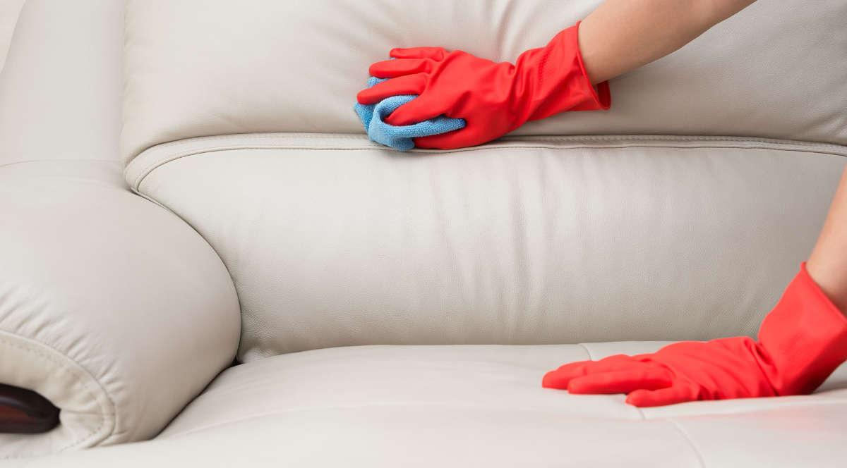 Лучшие способы очистки мягкой мебели от загрязнений_2