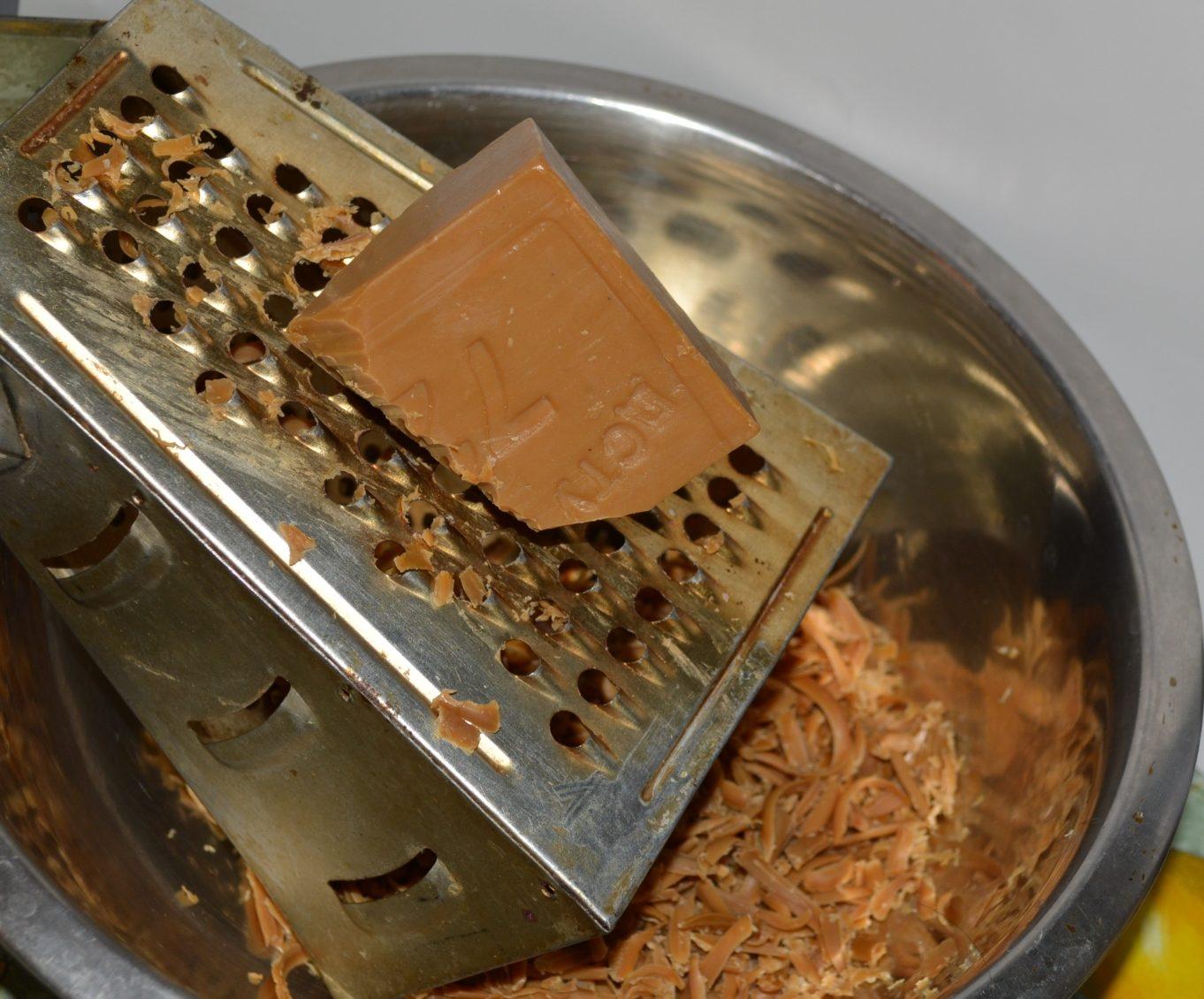 Как использовать в быту хозяйственное мыло_4