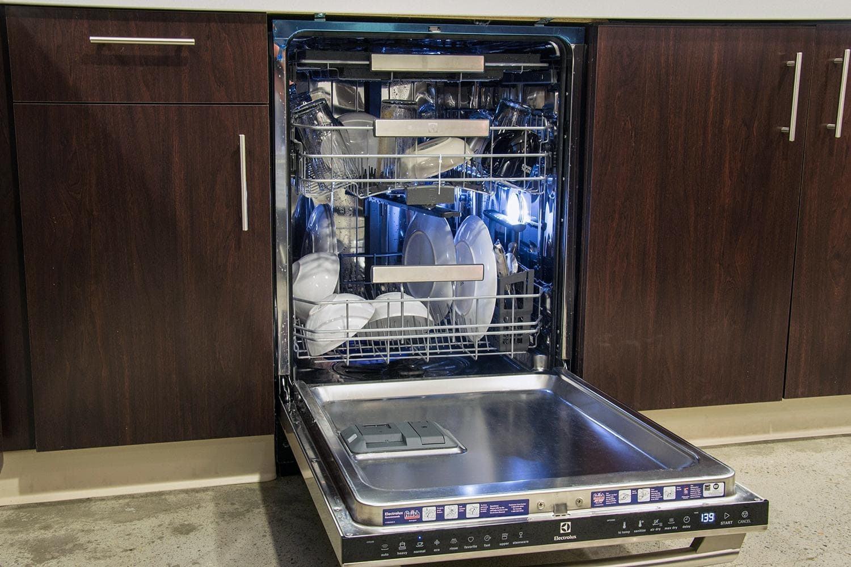 Как ухаживать за посудомоечной машиной в домашних условиях_5