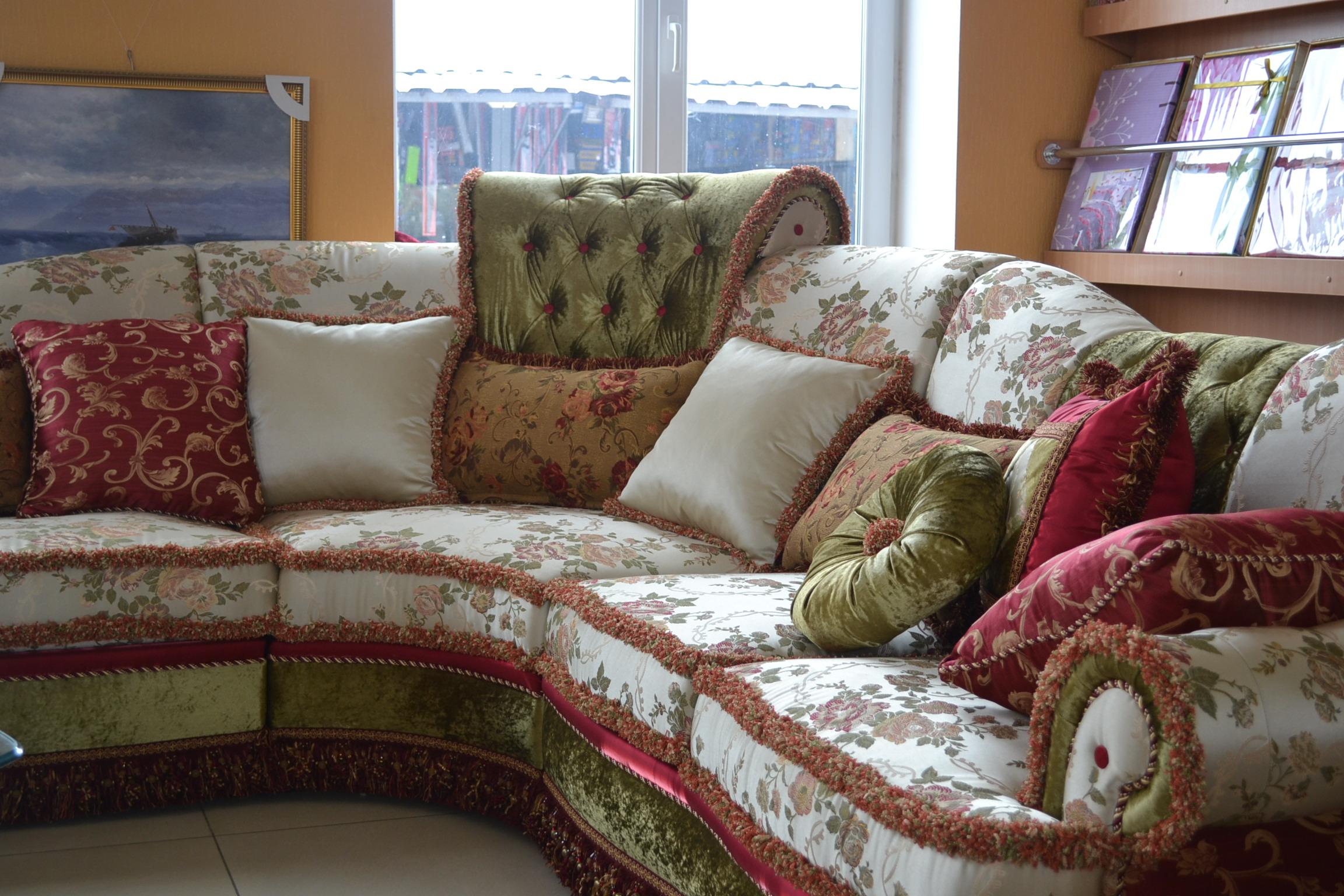 Декоративные подушки в интерьере_5