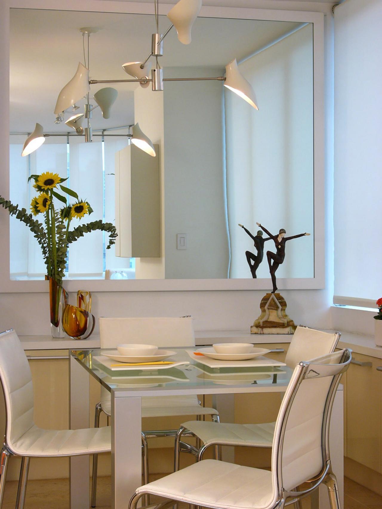 Стоит ли вешать зеркало на кухне_4