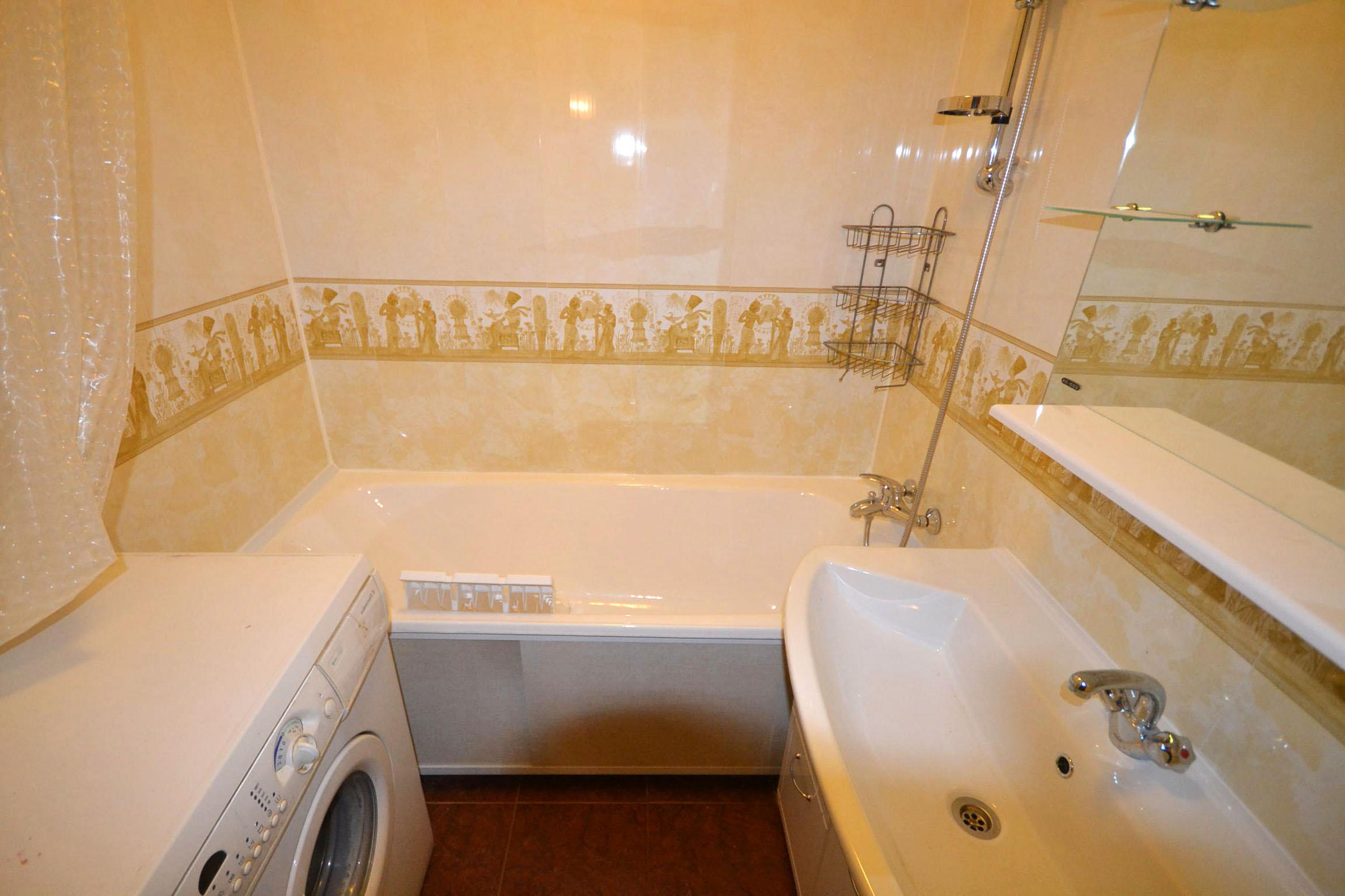 Какие материалы подойдут для ванной вместо плитки_5