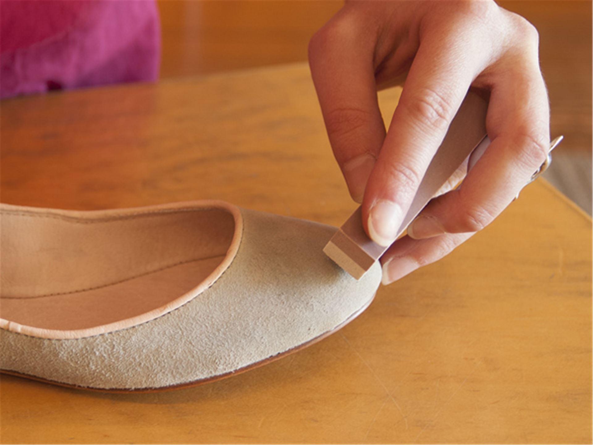 Как правильно ухаживать за обувью из светлой кожи_1