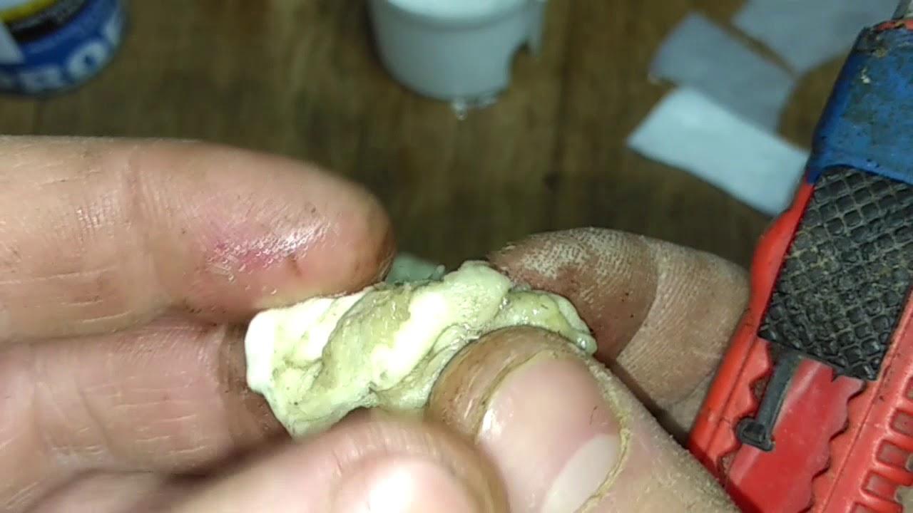 Чем можно отмыть монтажную пену