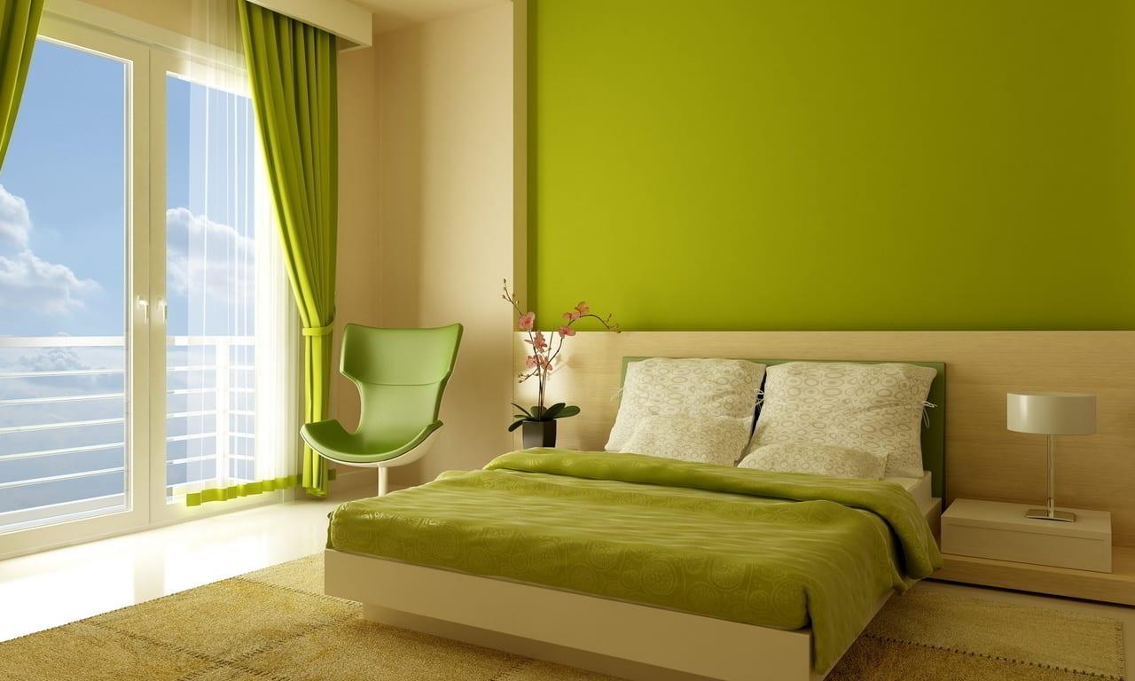 Что выбрать для отделки стен: обои или краску