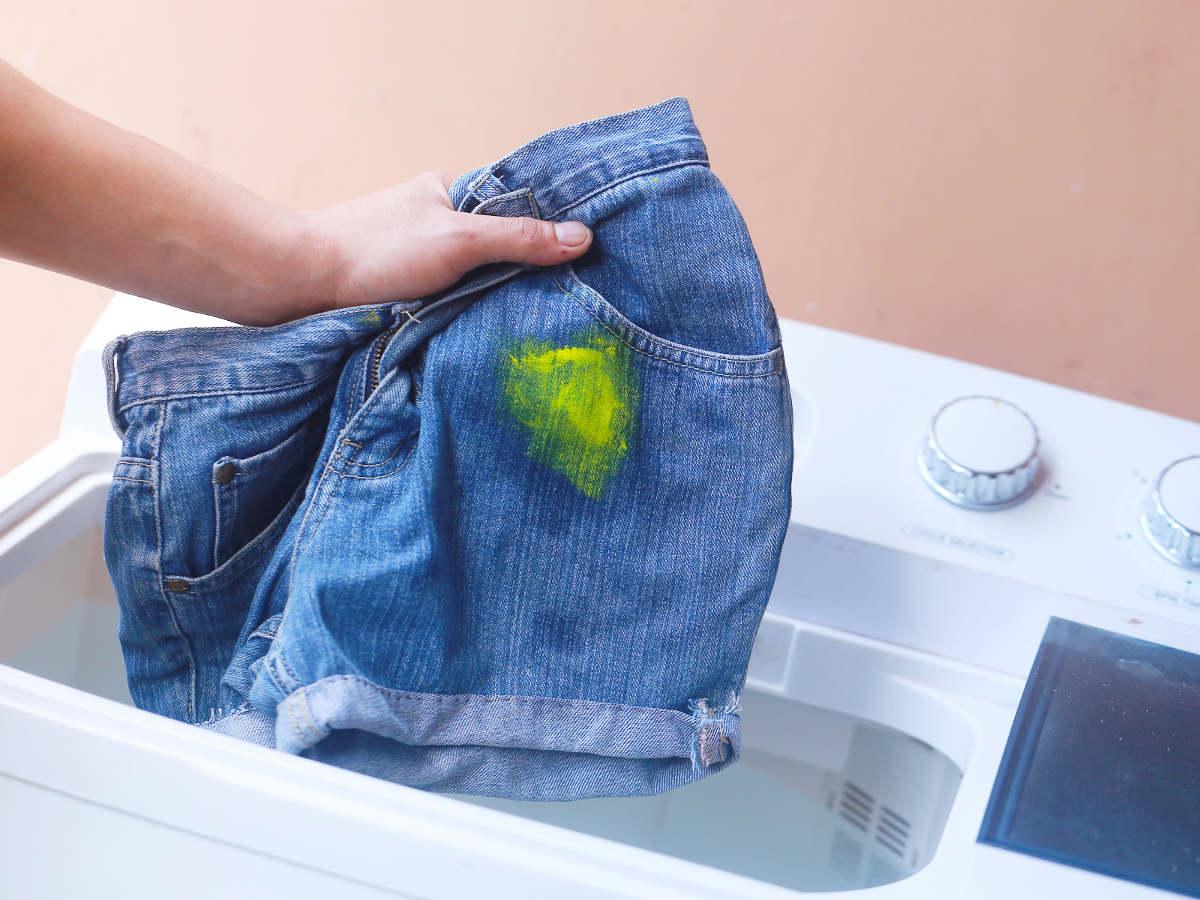 Как отстирать краску с одежды - 5 эффективных способов