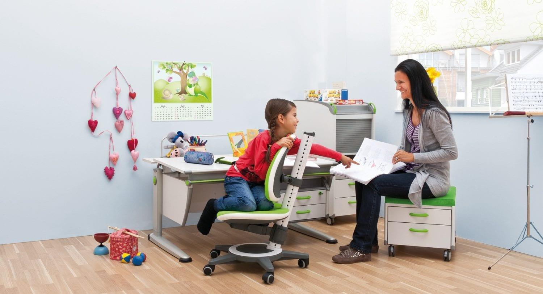 стол и стул для ребенка