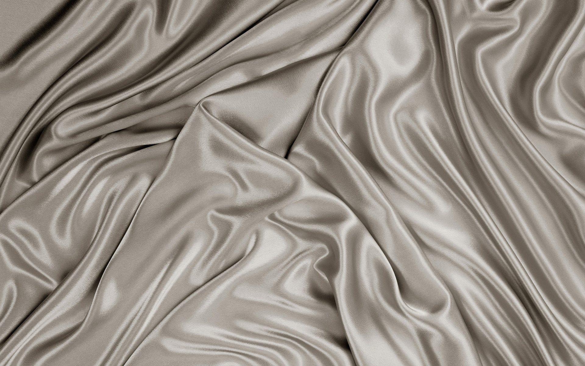 Как гладить одежду из натурального шелка