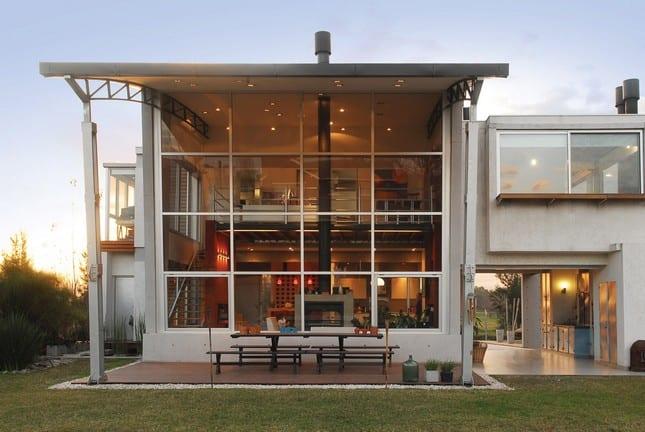 Casa en Altos del Sol от AMD Arquitectos в Аргентине