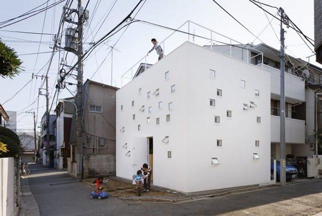 Игрушечный дом в Токио от Takeshi Hosaka Architects