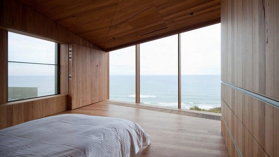 Безмятежность океана из окон спальной комнаты