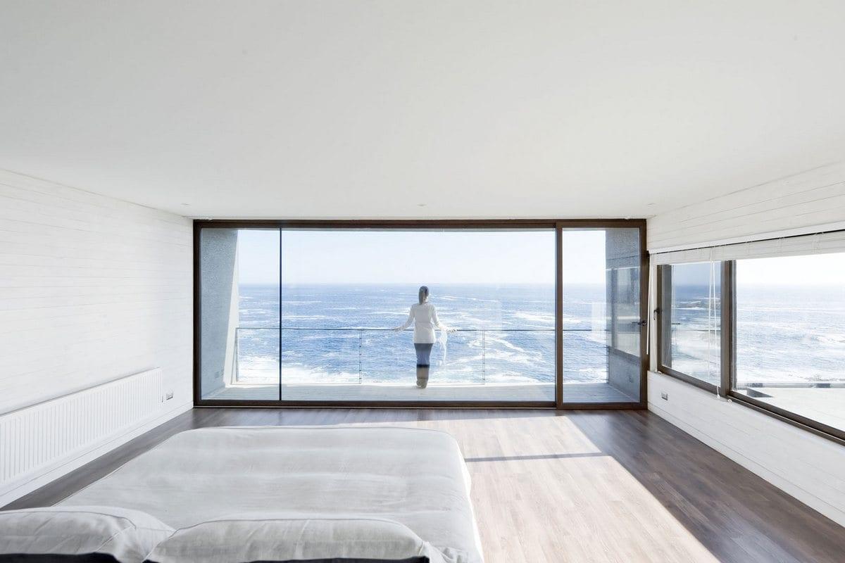 план частного дома, планировка интерера частного дома, архитектурное бюро LAND Arquitectos, частный дом Catch the Views в Чили, частные дома в Чили