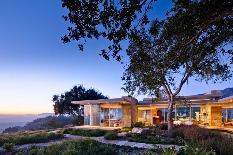 Дом в Калифорнии с видом на побережье Санта Барбары