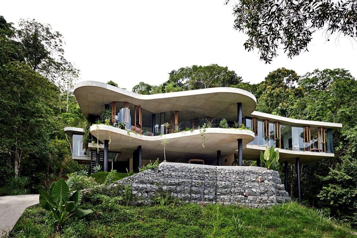 Дом в тропическом лесу Австралии