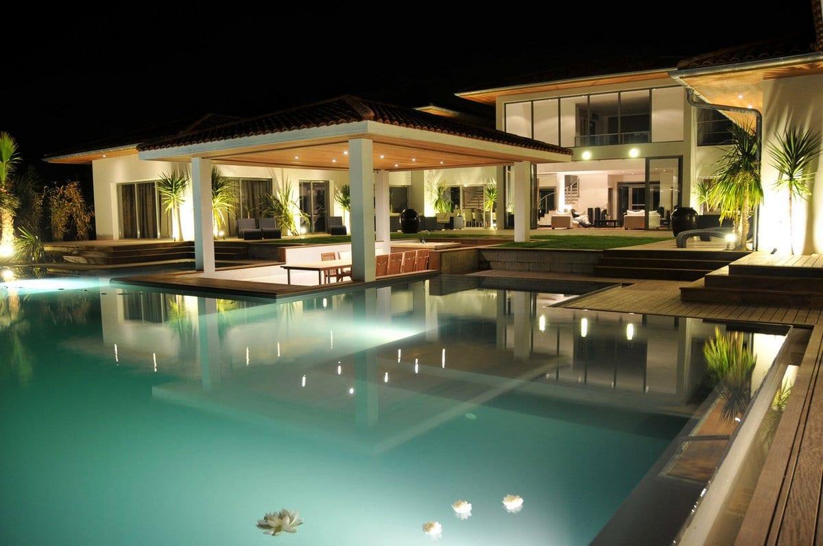 Аренда дома во Франции, аренда виллы во Франции, особняк во Франции в аренду, элитная недвижимость Франции, особняки Schindler Rentals