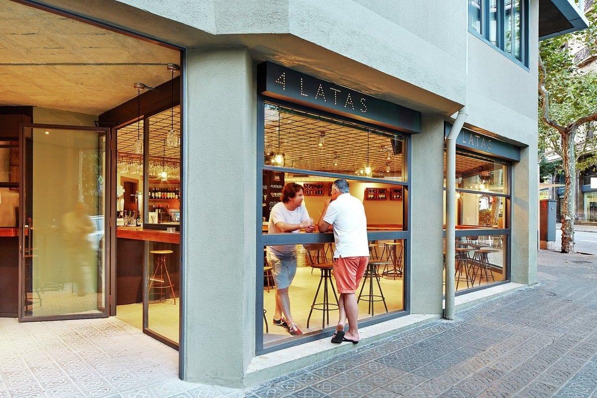 Кафе 4 Latas в Барселоне