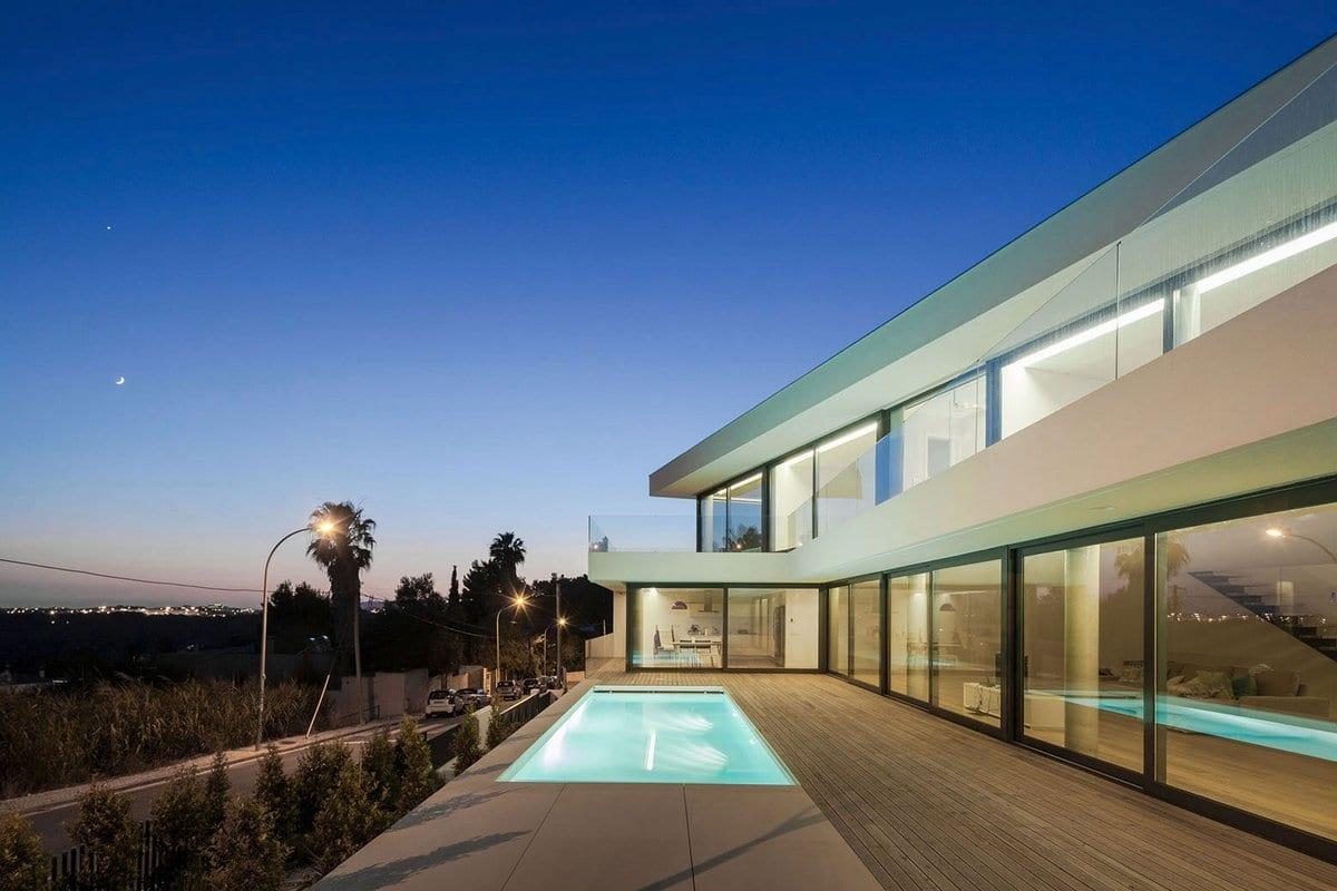 Минималистичный дом в Португалии