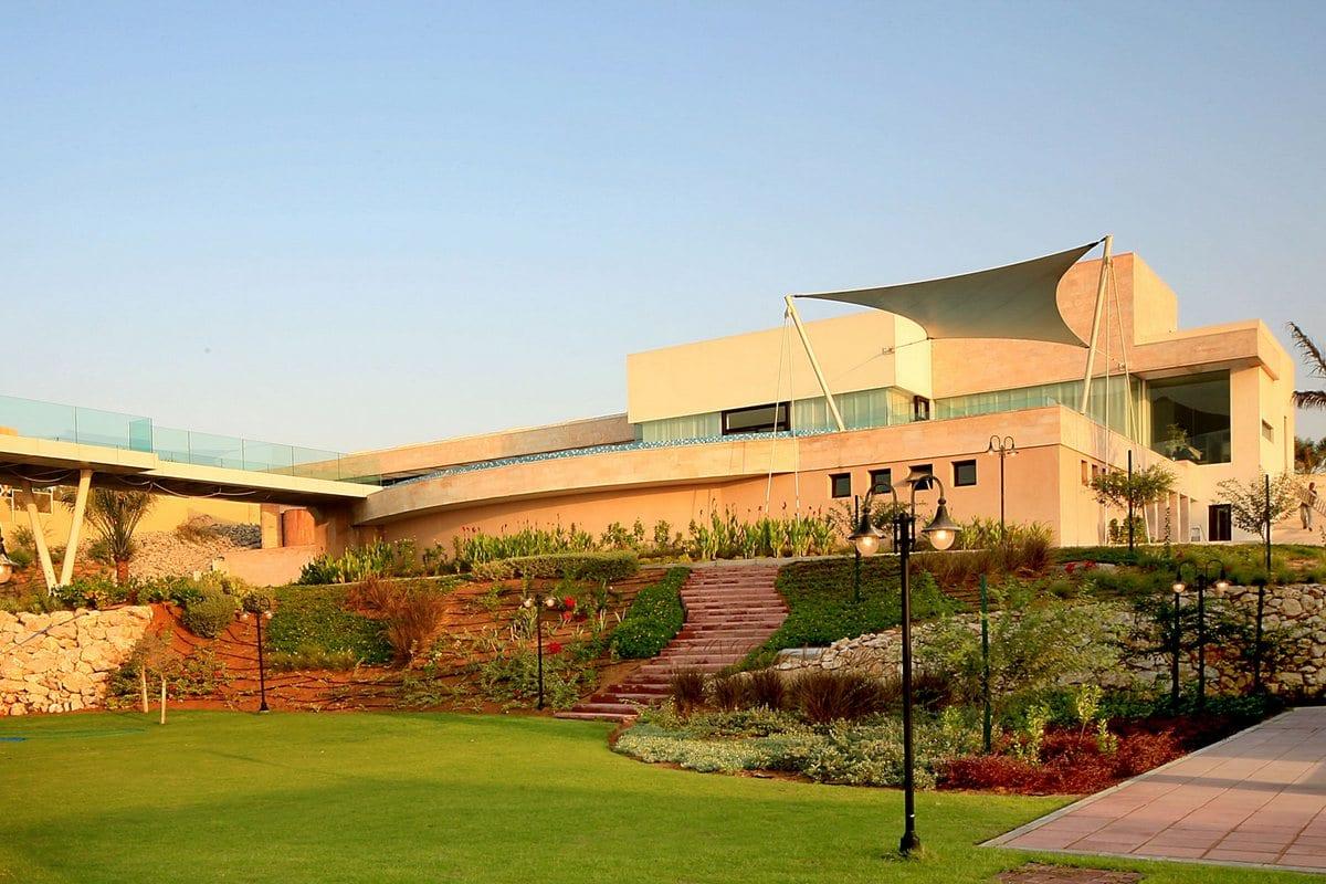 Огромная резиденция на севере ОАЭ