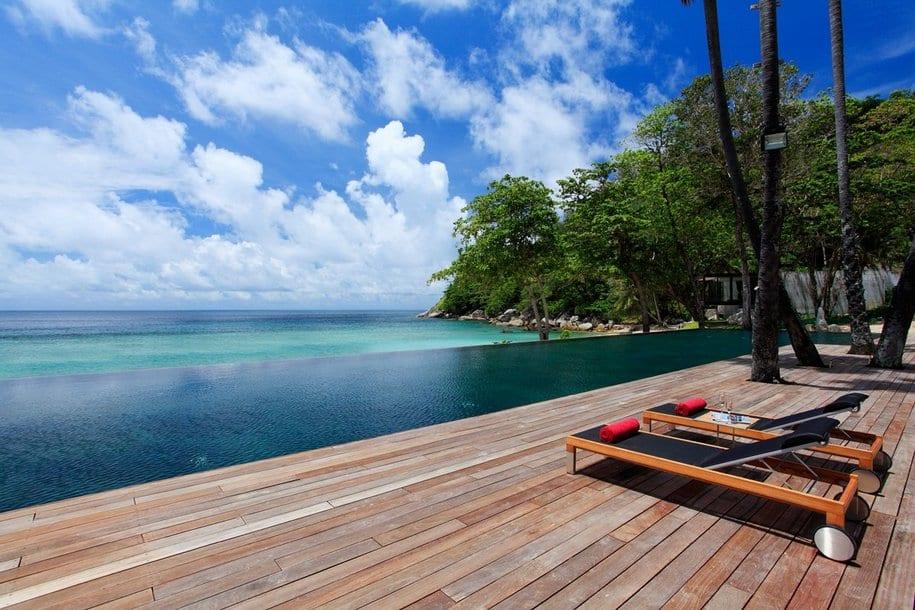 Отель для романтиков The Naka Island в Таиланде