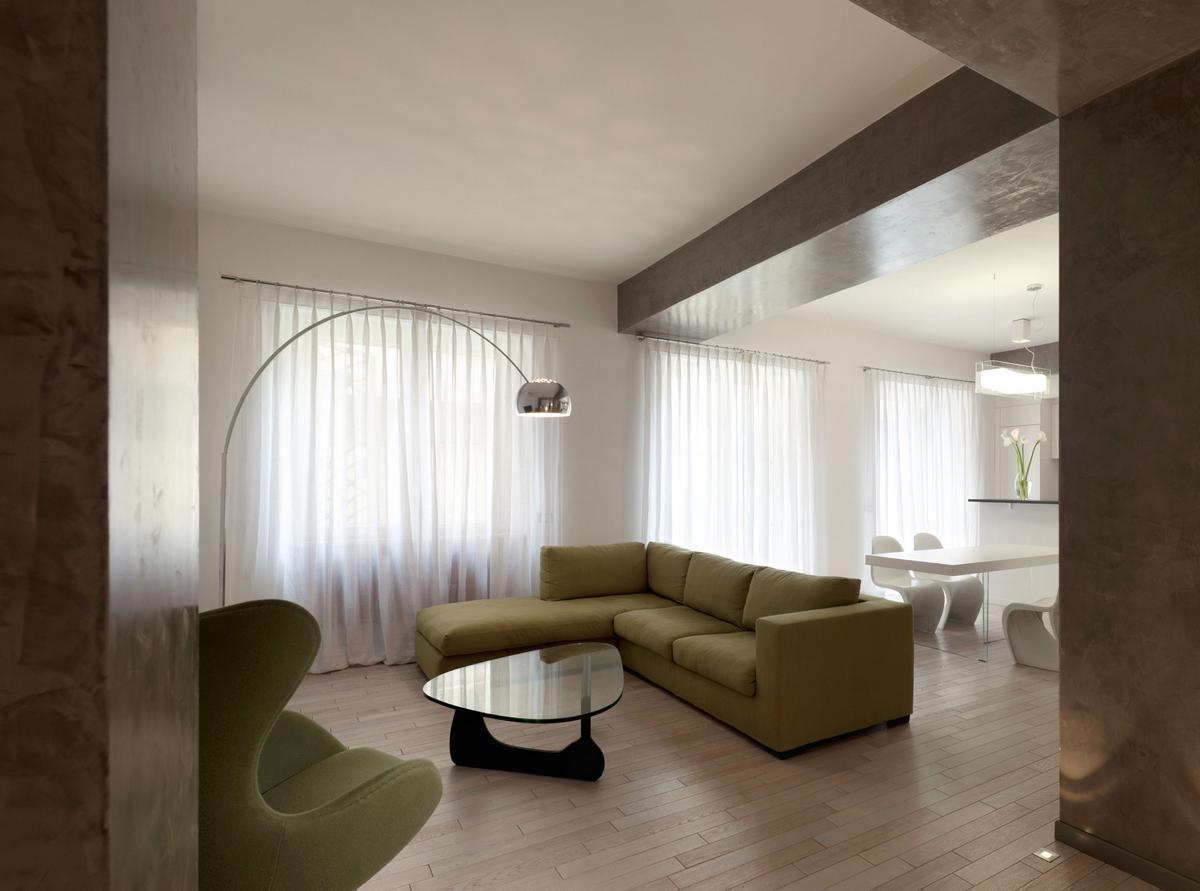 Педантичный интерьер квартиры от Carola Vannini Architecture