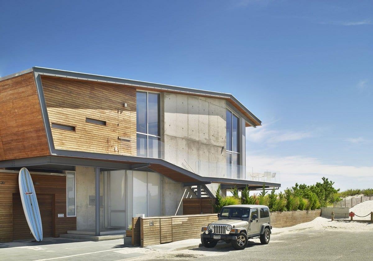 Пляжный домик The Sea project на побережье Атлантического океана