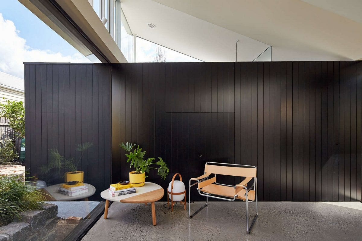 Tunnel House, MODO, необычная форма крыши дома фото, пол террасы из досок фото, кирпич в интерьере дома фото, частные дома в Австралии