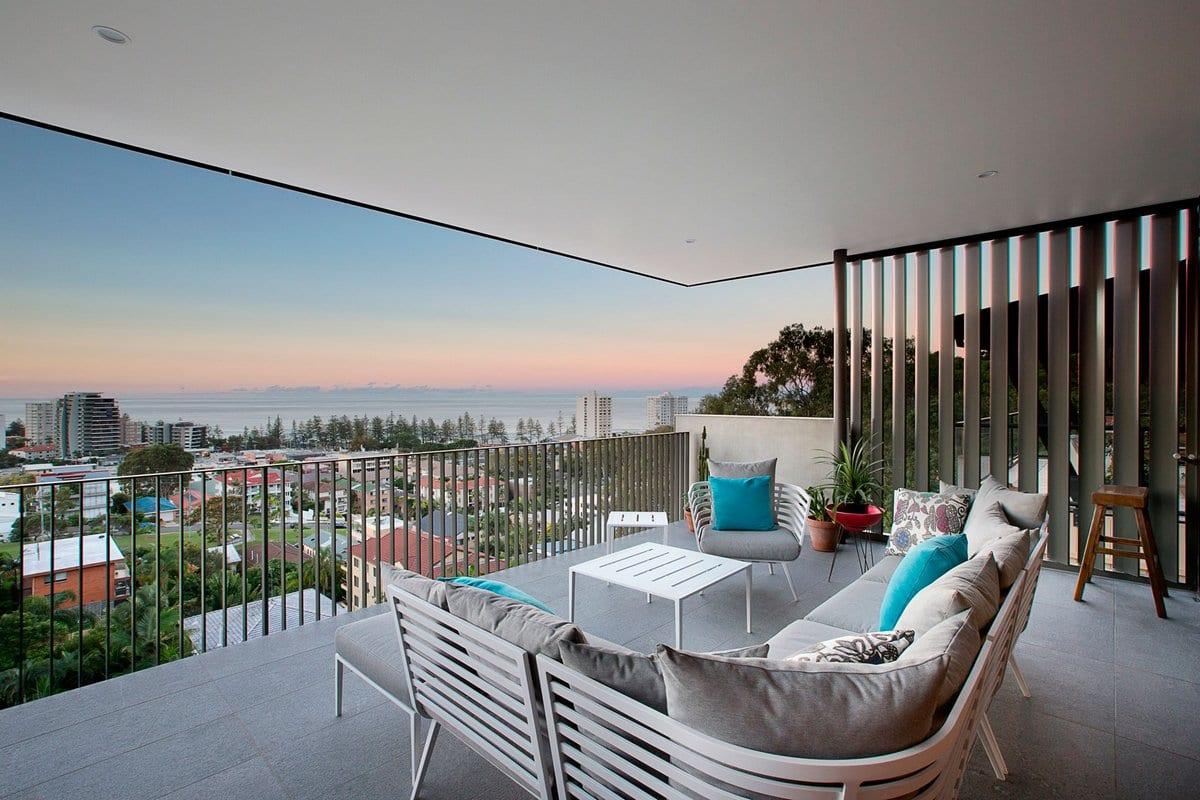 Jamison Architects, реконструкция частного дома, реконсрукция дом фото, шикарный вид из окон частного дома, лестница в частном доме фото