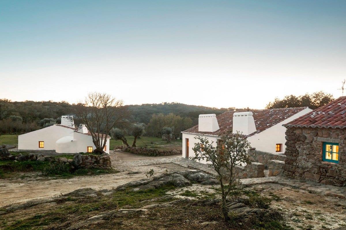 Реконструкция старой усадьбы в Португалии