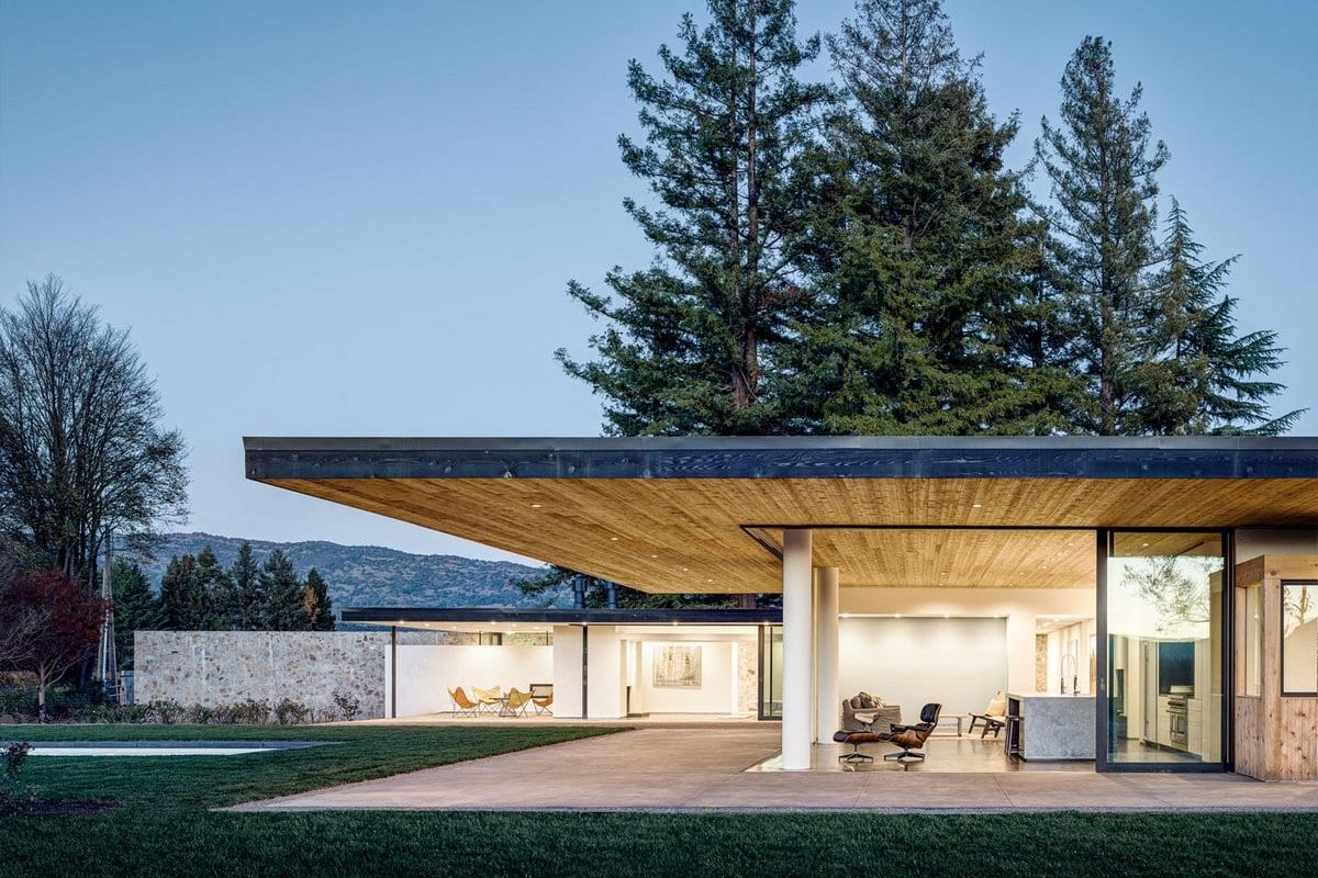 Резиденция в калифорнийской саванне