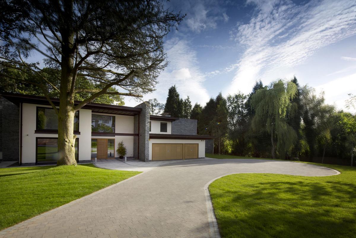 Sleepy Hollow, The Cave, дома в Престбери, частный дом в Чешире, частные дома в Англии, фасад из камня, крытый бассейн в доме, джакузи в частном доме