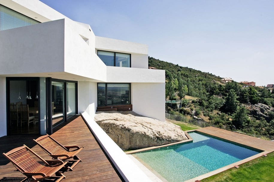 Сложные формы особняка El Viento в Мадриде