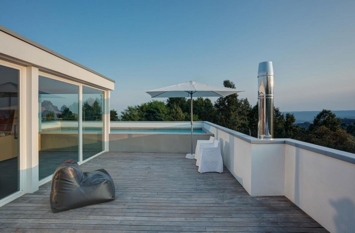 Современная резиденция House RV на севере Италии