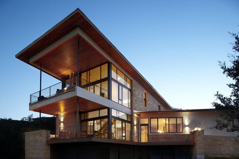 Современный Lake Travis Residence на берегу озера в Техасе