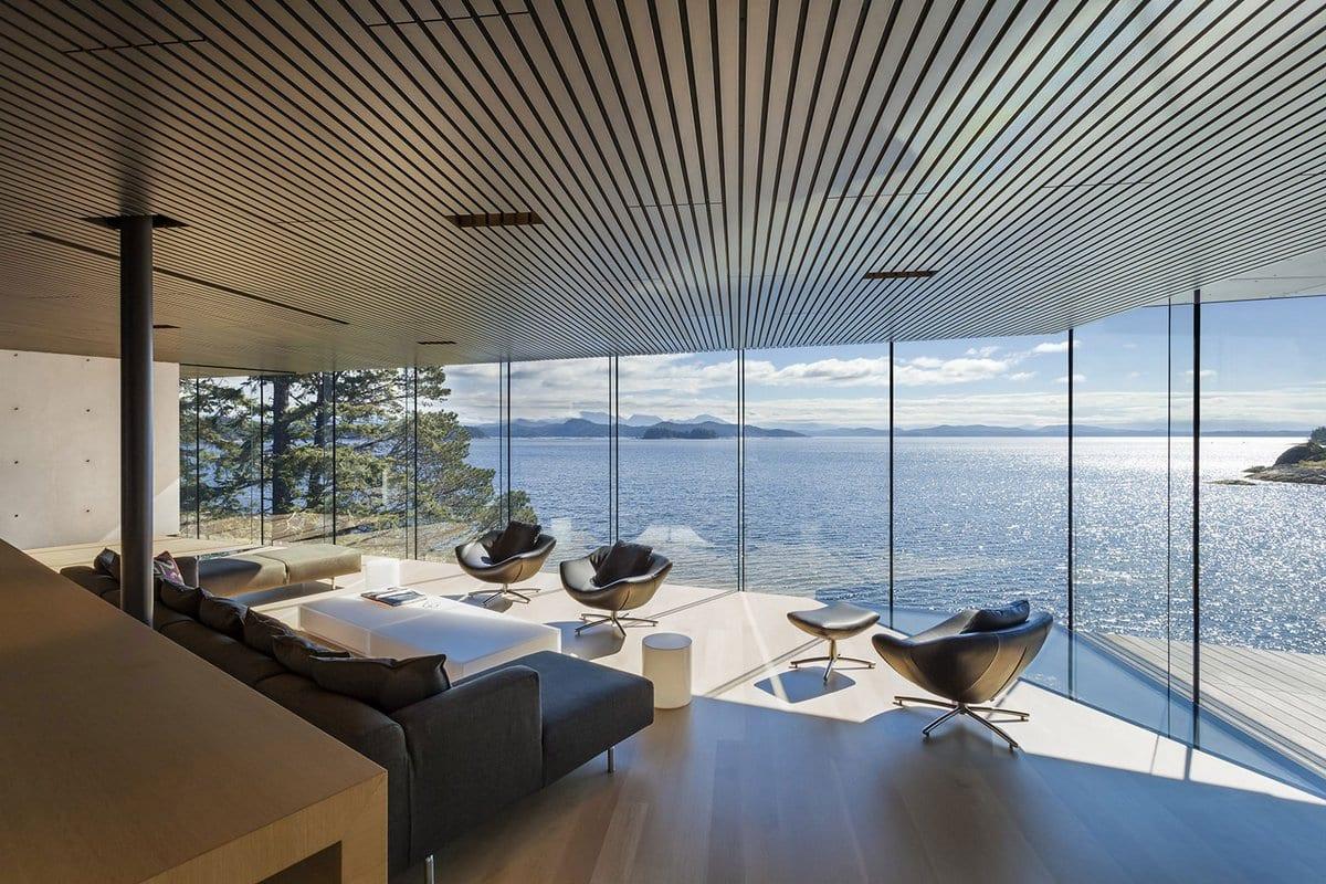 частные дома в Канаде, элитная недвижимостьв Британской Колумбии, особняки в Британской Колумбии, Patkau Architects, дом в лесу, дом на острове Квадра