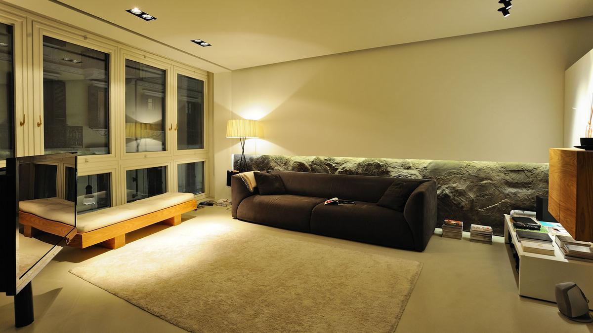 Стильная мужская квартира в центре Турина