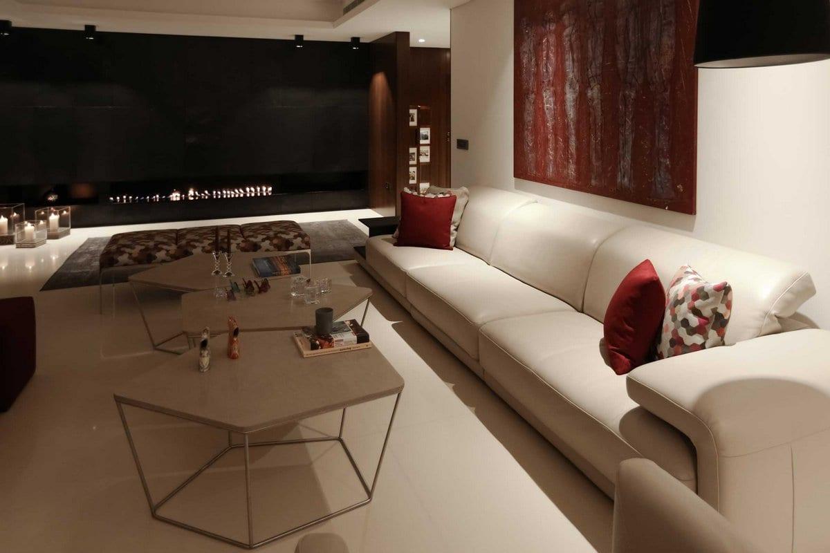 мраморный оникс, ROHD, базальт в интерьере, эко камин, зеркальный потолок в квартире, бассейн в квартире фото, панорамное остекление квартиры фото
