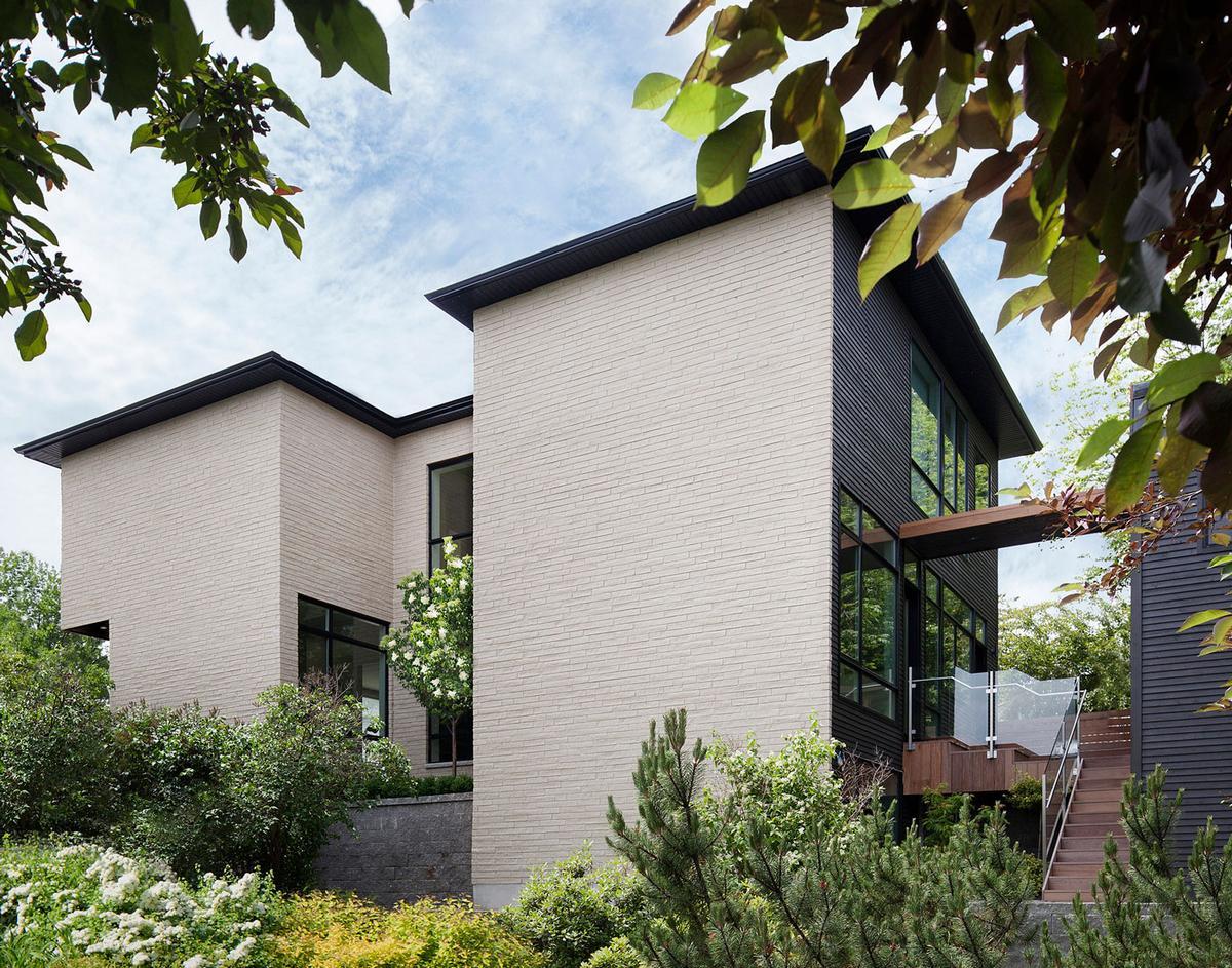 Kariouk Associates, Westboro Home, частный дом в Оттаве, частные дома в Канаде, дом из кирпича фото, план дома, схема дома, гараж в частном доме