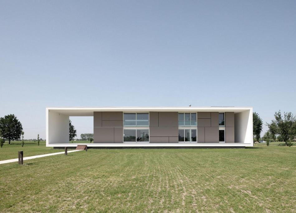 Технологичный особняк в Италии от Andrea Oliva Architetto