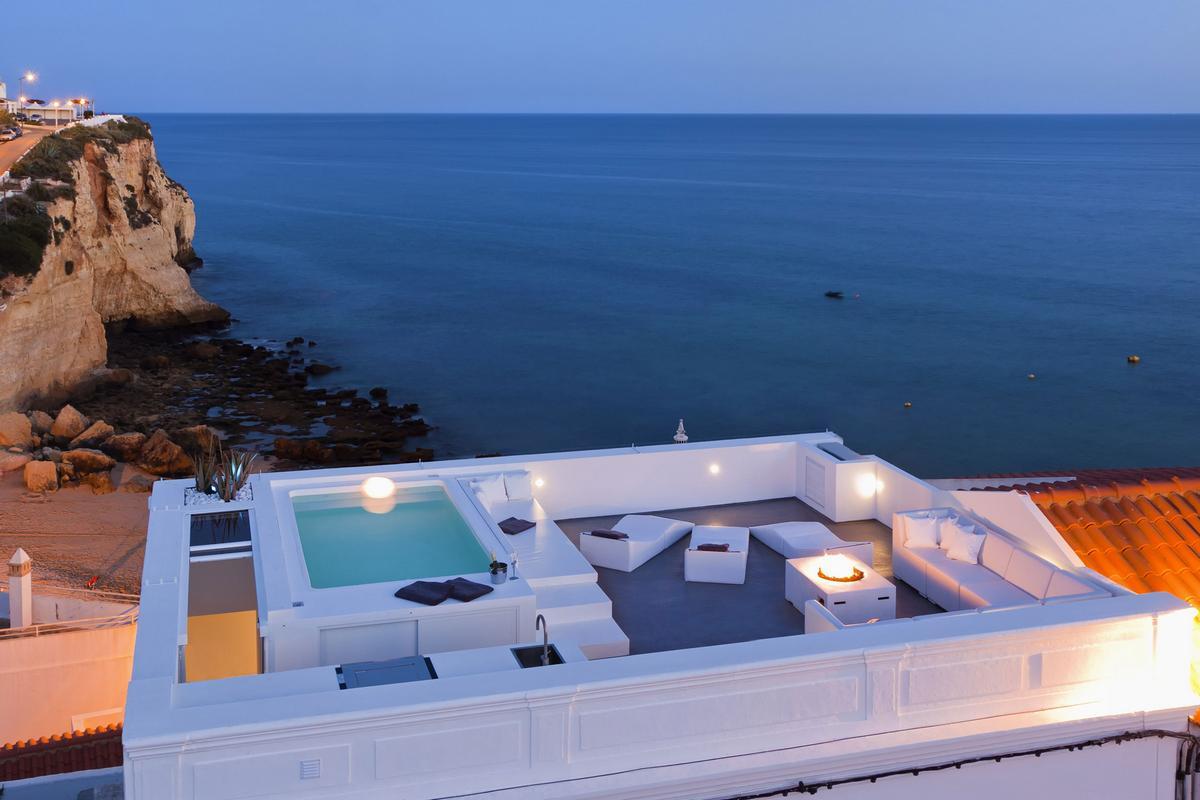 Уютная терраса на крыше дома Casa Joia в Португалии